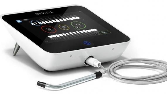 Nové vybavení kliniky: Osstell Beacon - sonda pro měření stability implantátu